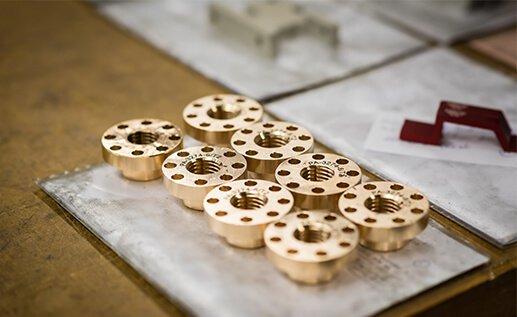 Legotillverkade produkter för kontraktstillverkning